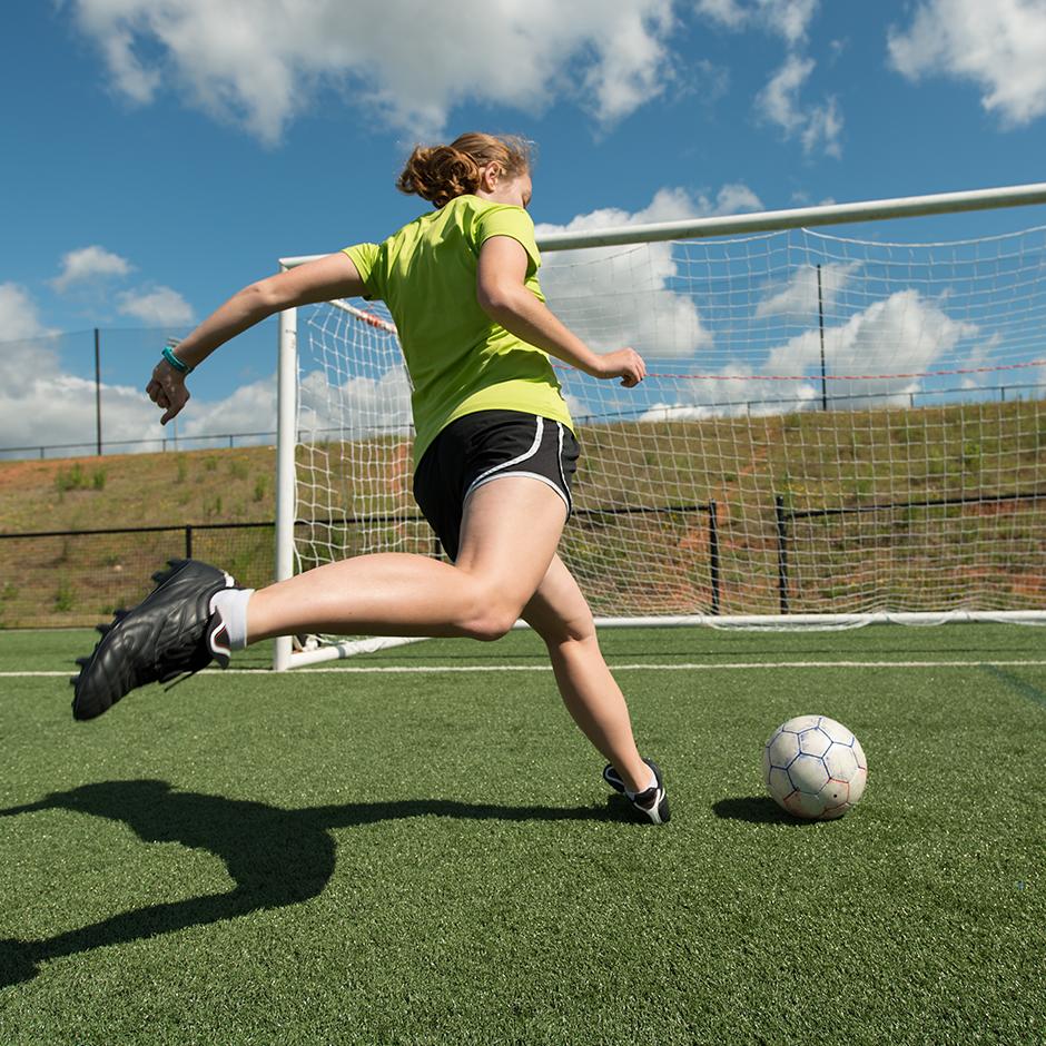 3_foot-geste-bon-footballeur